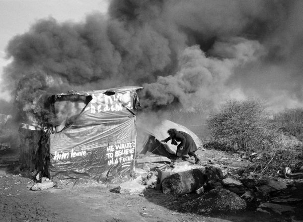 "Calais, ""La Jungle"" - house burning during dismantling of the southern district…"